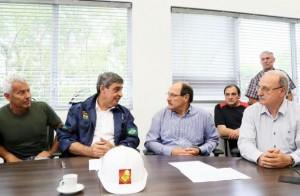 Prefeito em exercício (esq) e governador Sartori participaram de reunião hoje Foto: Reprodução/Twitter