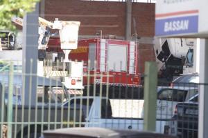 Carro de incêndio estava ontem parado em uma oficina em Camobi. Segundo comandante, outros dois estão funcionando na cidade (Gabriel Haesbaert / A Razão)