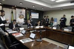 No ano passado, deputados da base do governo retiraram o quórum em reuniões da comissão Foto: Marcos Eifler / Divulgação