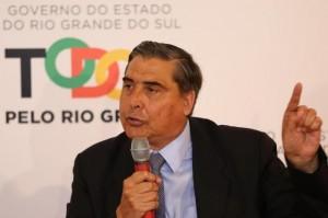 Giovani Feltes citou a crise financeira do país ao justificar novo parcelamento Foto: Tadeu Vilani /Agencia RBS