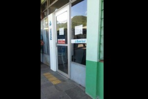 Criminosos usaram pessoas que estavam do banco para fazer um escudo Foto: Camila Gelatti/ Divulgação