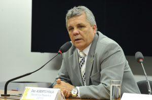 Alberto Fraga: os advogados precisam de porte de arma para se defender