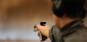 19jun2016---imagem-ilustrativa---treinamento-de-tiro-armas-de-fogo-pistola-1466340389967_615x300
