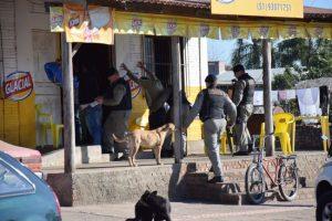 BMs de Venâncio e Santa Cruz revistaram e identificaram pessoas no centro, bairros e Vila Mariante