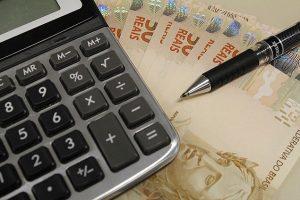 Brasileiros acham justo que mais ricos paguem mais imposto, mostra pesquisa