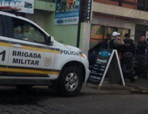 Tentativa de homicídio ocorreu na esquina das ruas Ernesto Casar e Luis Pezzi (Foto: Facebook/Divulgação)