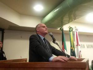 Beltrame palestrou hoje na Câmara de POA. Foto: Eduardo Paganella/Rádio Guaíba
