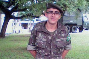 O soldado Igor Peixoto Dias estava com 18 anos Foto: Reprodução / Arquivo Pessoal/Facebook