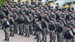 Parcelamento de salários de policiais afeta policiamento e atendimento à população, dizem especialistas