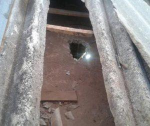 Buraco foi feito no teto da casa prisional Foto: Divulgação