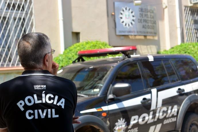 Policiais não receberam nenhuma parcela dos salários | Foto: Guilherme Testa/CP