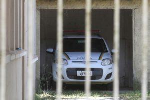 Sem efetivo suficiente para uma guarnição, viaturas ficam na garagem - Jô Folha - DP
